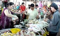 Cần Thơ: Giá thịt gia cầm tăng