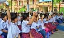 Công ty Frieslandcampina Việt Nam: Tặng sữa cho các trường Ðèn Ðom Ðóm