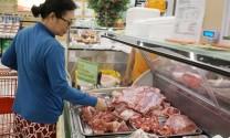 Giá heo hơi hôm nay 22/8: Chạm 52.000 đồng/kg, hụt 500.000 tấn thịt