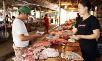 Lào Cai: Khan hiếm nguồn cung, thịt lợn tăng giá mạnh